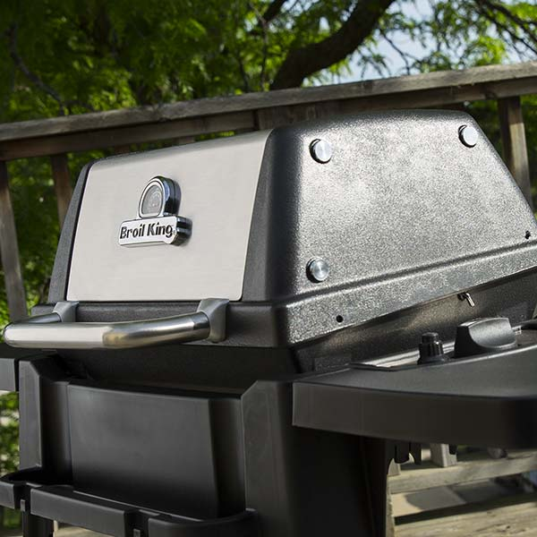 grill feature 104